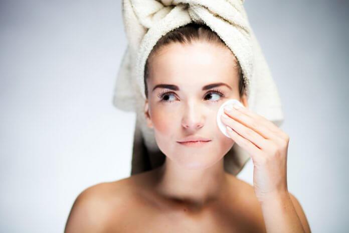 Jak uzyskać efekt czystej skóry?